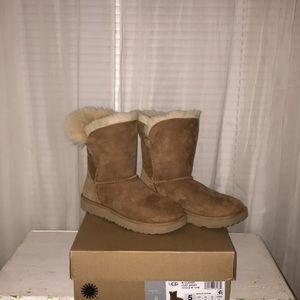 A classic short cuff ugg boot